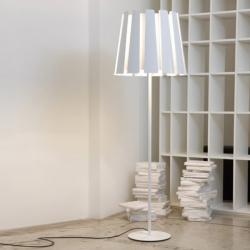 Carpyen Twist Foor Lamp