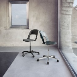 Fritz Hansen Pair Chair with star base and castors
